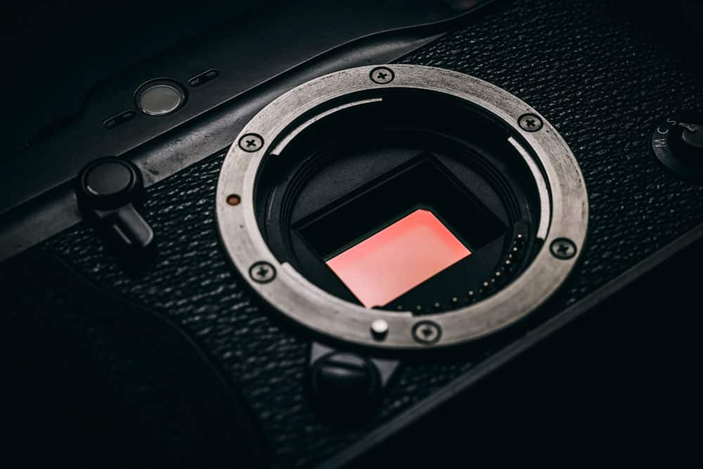 Crop Sensor vs Full Frame: Which One is Best for You?