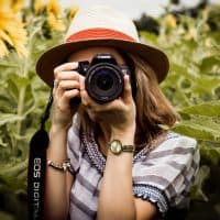 Prime Lens or Zoom Lens for Beginner Photographers?