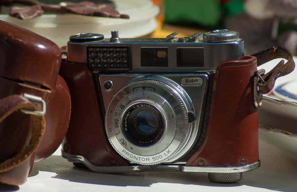 Make Money With Photography selling old cameras