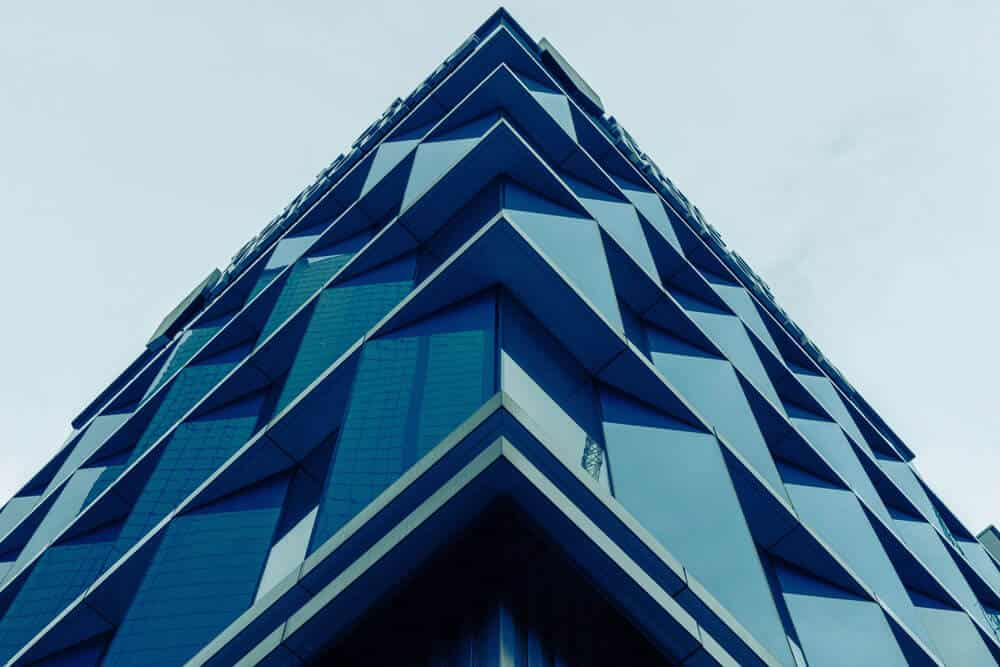 building composition creating triangle shape