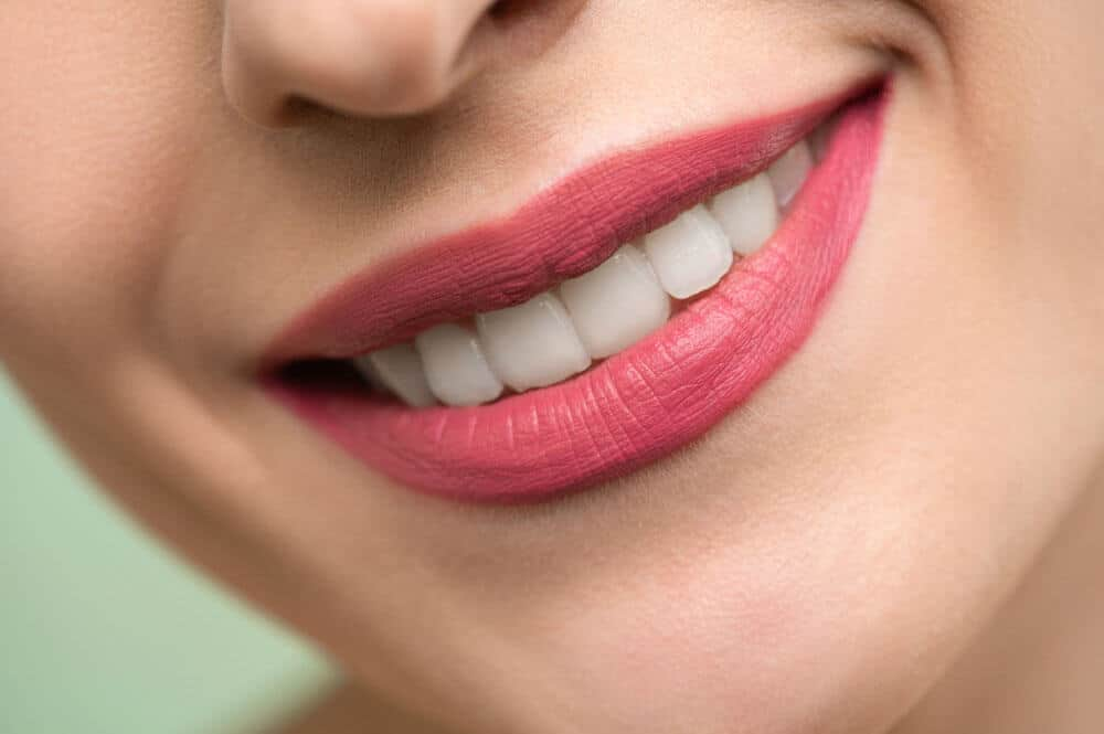 Before how to whiten teeth in photoshop