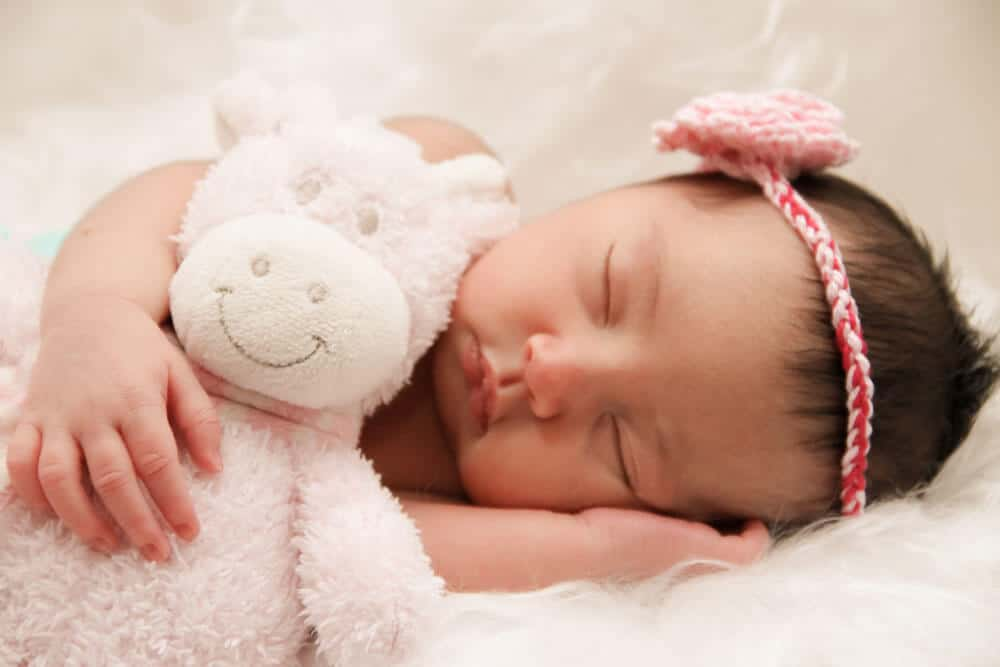 Newborn Side pose
