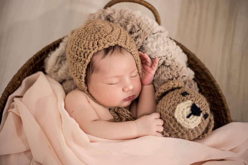 Newborn Photo Ideas with props