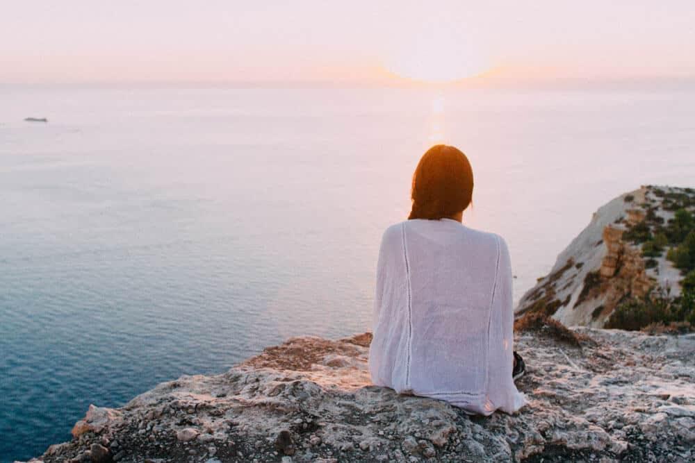 girl staring at the horizon